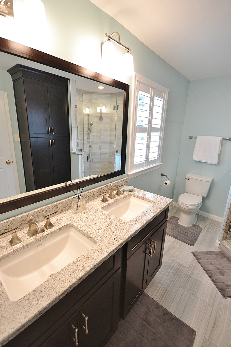 Bathroom Remodel With Fabuwood Cabinetry